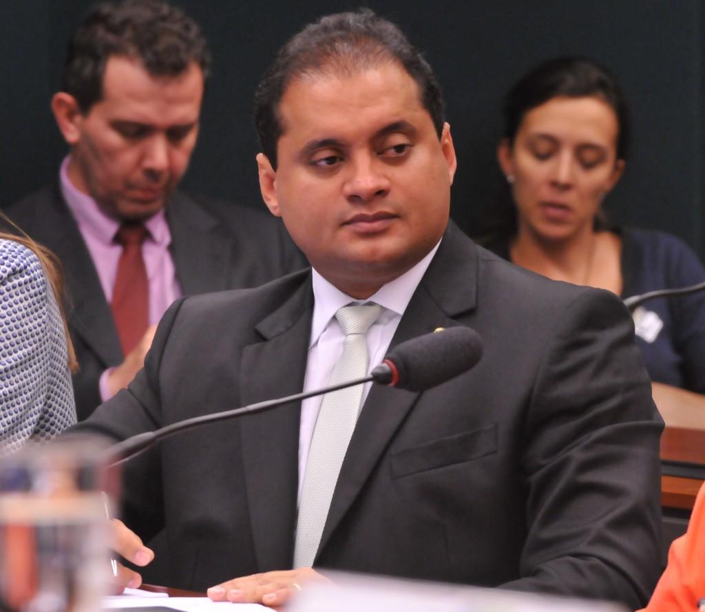Deputado federal Weverton Rocha vai assumir o comando estadual do PDT