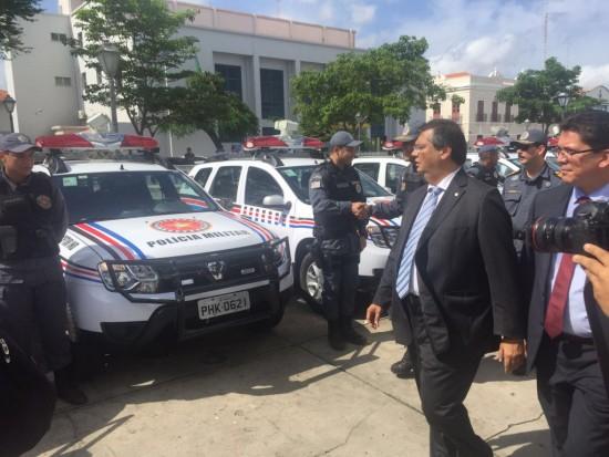 Os veículos serão distribuídos nos Batalhões da PM na Região Metropolitana de São Luís, sendo 38 do modelo Dusters; e 12 modelos Pajero, com sistema de radiocomunicação