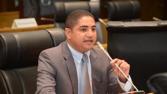 Zé Inácio defende aliança prioritária com Edivaldo