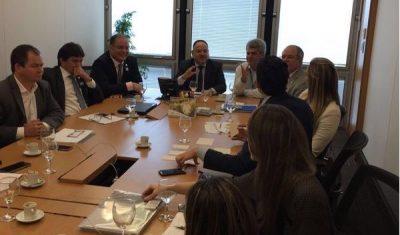 Deputados reuniram nesta manhã de segunda-feira com a dirigentes do BNDES